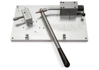 Robotic Gooseneck Straightener